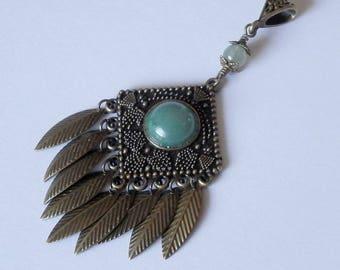 Eda Metal bronze color pendant and green aventurine
