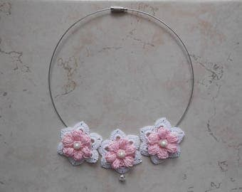 Flower necklace pink shabby chic crochet