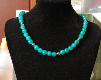 Necklace Green River glass green beads