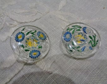 Set of 2 vintage glass buttons