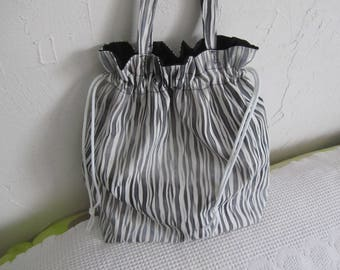 Fancy white and grey canvas bag!