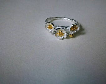 925  Sterling Silver Plum Blossom Ring