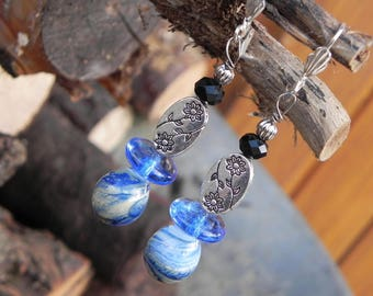 """Earrings dangling """"flower of the desert"""""""