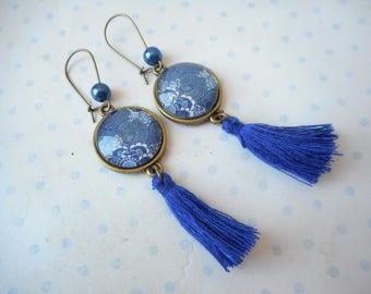 "Boucles d'oreilles dormeuses vintage rondes ""flower and swirl"" bleu marine, blanc, bronze"