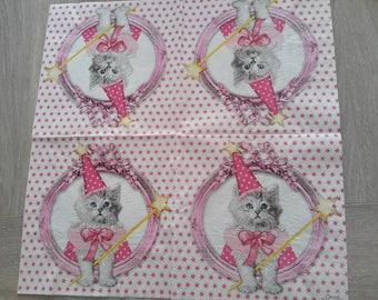 Set of 2 paper napkins depicting a cat