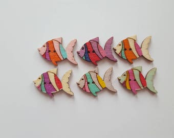 Set of 10 wooden fish buttons