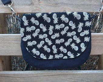 Lil pineapple black and white pattern shoulder bag