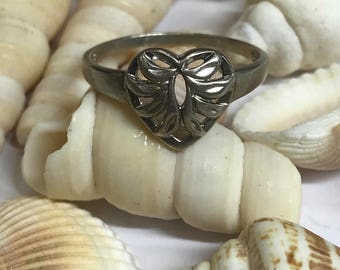 925 Silver Heart Ring L203