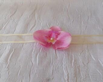 Wedding light Fuchsia Orchid bracelet / ivory