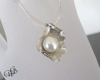 """""""Shell necklace with 925 sterling silver, Pearl Freshwater Pearl"""""""