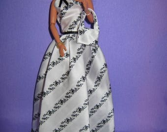 Long dress in black and white satin (B116)