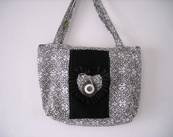 black and white graphic fabric bag customized, lined zipped
