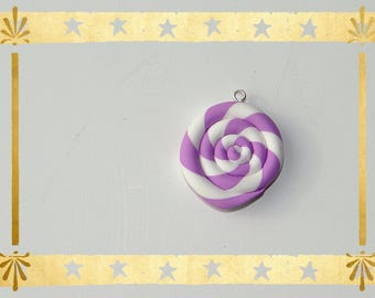 Lavender/white spiral of 2.5 cm in diameter