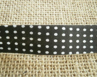 Two metres of bias in synthetic black white polka dot 20 mm wide