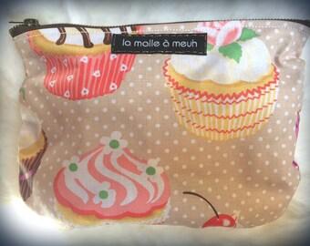 cute cup cake and polka dot print case