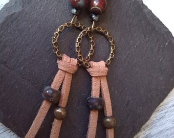Long earrings, bronze and suede