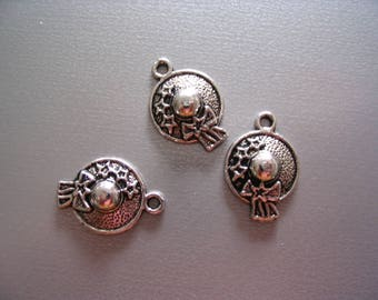 3 charms silver metal caps