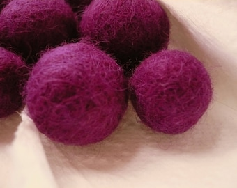 Pearl light purple felted wool, Merino, 20 mm