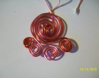 Red and pink aluminium spiral wire pendant
