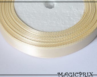 Spools of 20 meters SATIN cream 12 mm 1262