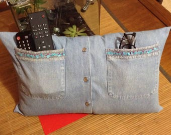 Cushion cover with two pockets of jeans