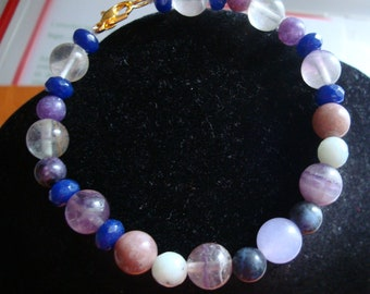 Bracelet with purple and blue tones