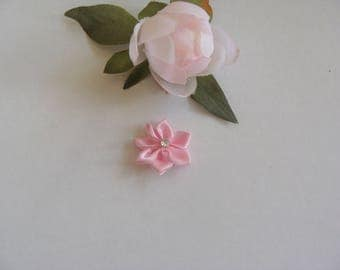 Set of 3 colors flower appliques rose 3 cm in diameter with 1 rhinestone