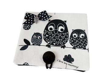 Card * Mama OWL and her babies * white and black linen fabric