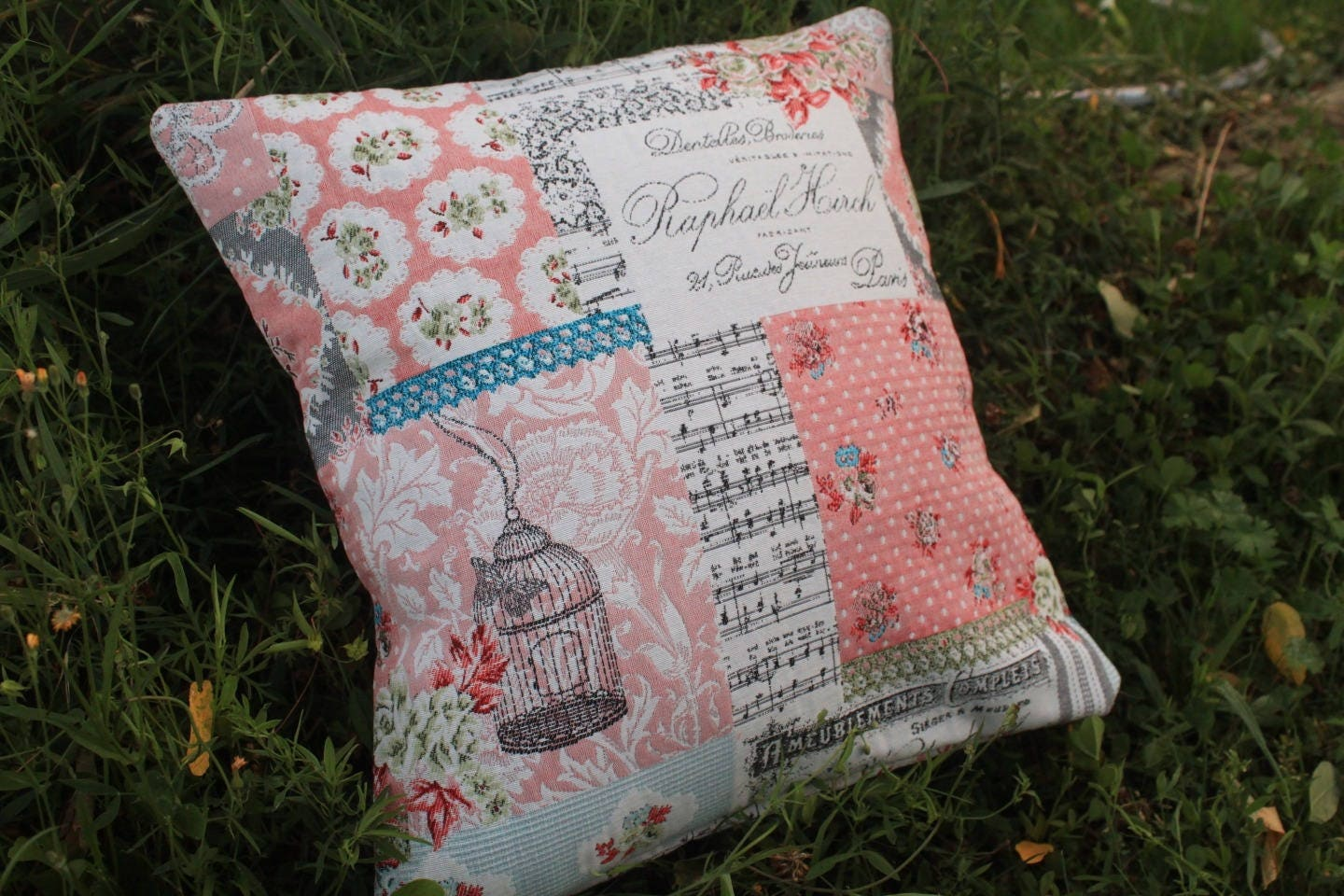 Housse de coussin rose shabby patchwork for Housse coussin portefeuille