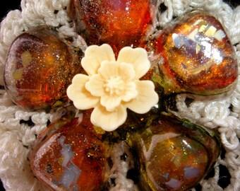 The Tala flower - brooch designer resin crochet cotton