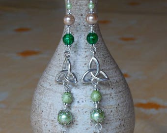 Celtic Triquetra very long earrings green & Brown