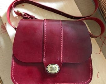 Handmade leather shoulder bag for young stylish women