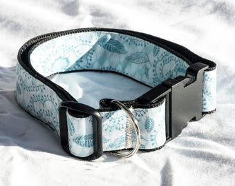 Extra Large (XL) Dog Collar. Extra Wide. blue flowers. Adjustable 15 - 26 inches long. 1.5in wide.