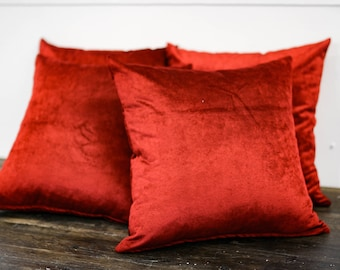 Crush Velvet Pillow (Red)