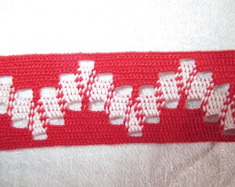 2 meters stripe red and white vintage 2.5 cm in height