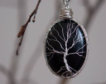 Handcrafted Yggdrasil, tree of life, Onyx, wire wrapping, handmade necklace, unique piece!