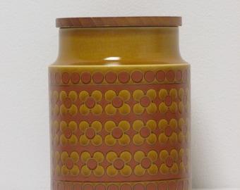 Retro 1980s Hornsea Saffron Medium Plain Storage Jar with Wooden Lid