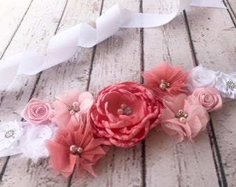 Peach Flower Sash, Bridal Sash, Pink Baby Girl Maternity Sash, Pregnancy Sash Gender Reveal Party Baby Shower Photo Prop Gift Keepsake