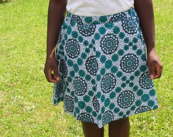 Skirt flared woman in white and green color