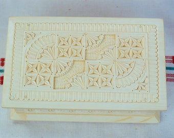 Wooden jewelry box Ring box Wooden box Wood carving Wood box Wedding gifts Jewellery box Medieval box Jewelry boxes schatulle bijoux