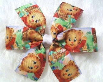 3 inch Daniel The Tiger bow