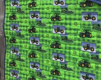 Green JOHN DEERE Tractor Crib Quilt
