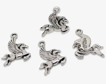 6 charms in antique silver Pegasus