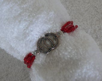 Red seed beads bracelet