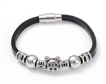 Small Ladies Childs Teenager Black Leather Bracelet with Chrome charms