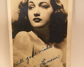 Vintage 40's Signed Photograph Of Hollywood GoldenEra Movie Star Dorothy Lamour