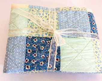 Patchwork quilt/ blue patchwork quilt/ yellow patchwork quilt/ lap blanket/ baby quilt/ baby's blanket/ baby shower/ nursery gift/ cotton
