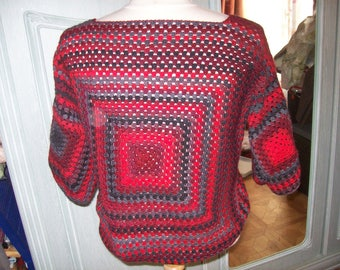 Crochet sweater - square neck - collar. changing red-gray and black.