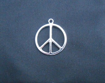 Silver 24 mm peace sign charm or pendant