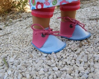 Blue and pink shoes for Wichtel dolls